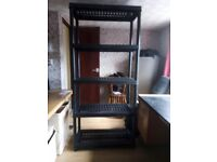 FREE-STANDNG 5-TIER SHELVING UNIT