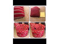 Swivel tub chair - red