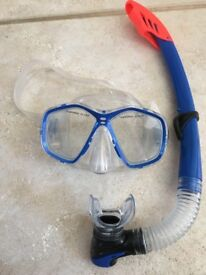 "Snorkel and Mask Set £19.99RRP. Used once. Blue. Adult size. Unisex. ""Two Bare Feet"""