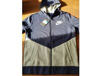 NIKE XL BOYS ZIP UP HOODIE BRAND NEW WITH TAG