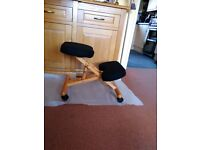 Wooden Orthopaedic Back Chair