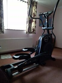 Horizon Andes 6 Folding Elliptical Cross Trainer - very good condition