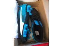 Puma football boots adult 6.5 Brand new in box