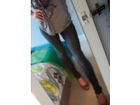 well worn skinny jeans xs xxs (in person cash sales only)