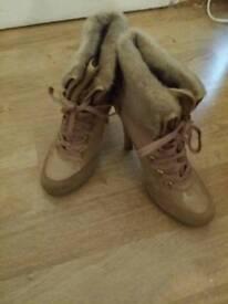 Guess fur trim boots