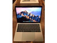 "MacBook Pro Touch Bar Retina display 13.3"" Core i5 8Gb Ram 250Gb FlashSSD macOS High Sierra LIKE NEW"