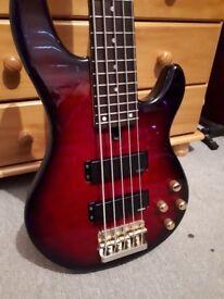 Yammaha bb-g5a 5 String Bass