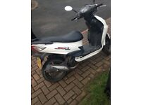 Sym 125cc moped