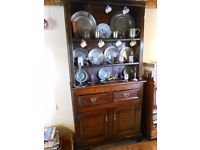 Antique oak dresser, probably late 18th century/early 19th century. Small proportions.