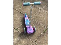 Frozen girls scooter