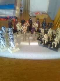 STAR WARS CHESS FIGURES - 31 PIECES