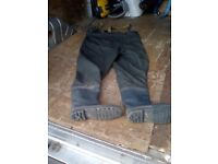 Bison waders size 8