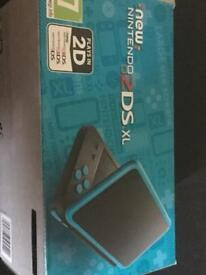 Nintendo 2ds XL (black and turquoise)
