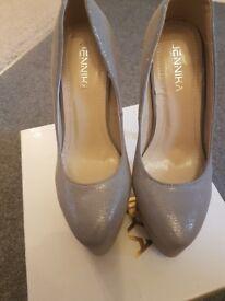 Size 2 silver platform heel shoes
