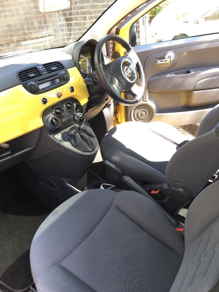 Beautiful Fiat 500 with extras!