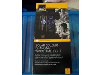 NEW IN BOX - COLE&BRIGHT SOLAR COLOUR CHANGING WINDCHIME LIGHT