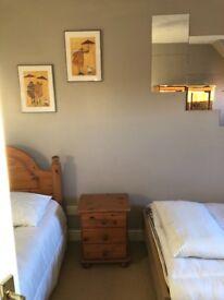 Chafford Hundred Beautiful Room & Bathroom