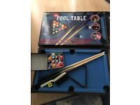 Mini pool table from Red5