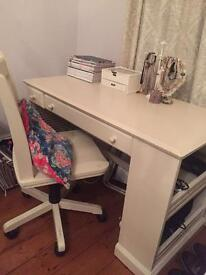 Chic desk and chair