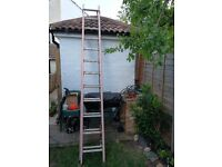 Extension ladders 12-24ft fiberglass, pullie system