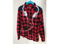 In great condition X8 Boy's Clothes and Shoes 6-9 years from £8