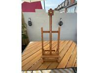 Wooden art easel - folds flat