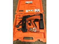 Spit pulsa 800P+ Cordless Concrete Nailer for Drywall Track