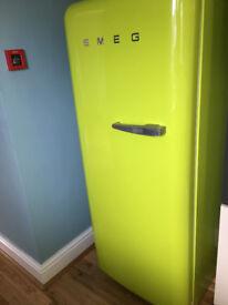 SMEG Fridge with Ice Box (FAB28YVE1)
