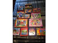 Children's jigsaw puzzles,books and games