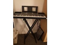 Yamaha Keyboard PSR E353 with stand **practically new** weighted keys
