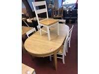 Schreiber Oval dining table and 6 two tone chairs
