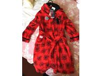 Marvel Spider-Man Red kids Children's Dressing Gown Age 7-8 Brand New With Tags Rrp £17 Ideal gift