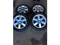 Ford C-Max Set of 4 Alloy wheels with 4 very good tyres 205 55 R16 5 stud ET 52,5