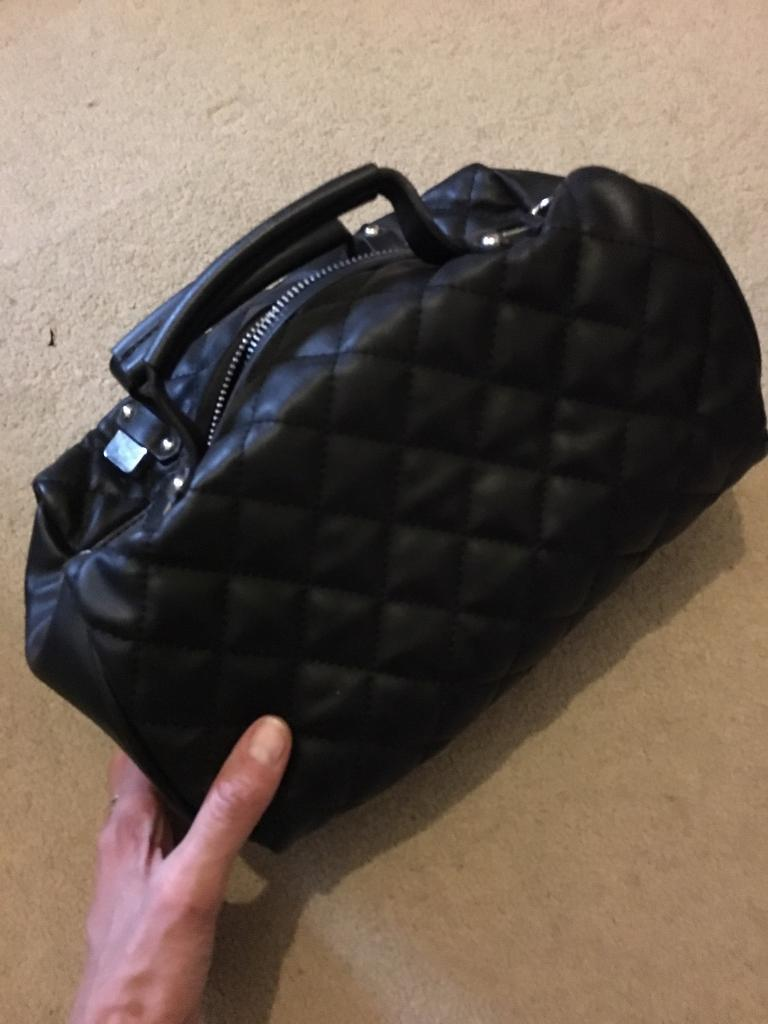 Zara black quilted bag-ultra chic