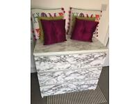White marble effect chest of 3 drawers