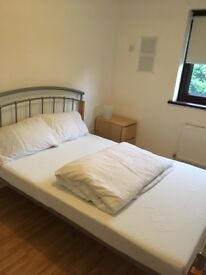 Newly decorated double room to rent