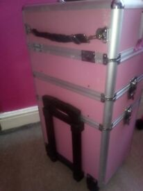 Mobile makeup case ,about 68 cm height,35 cm long,pink, used but in very good condition.