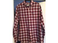 Men's Barbour shirt size large.