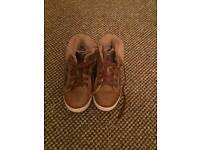 Girls tan baseball boots size 30