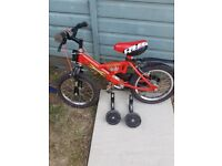 Mini Rayleigh Bike with stabilisers