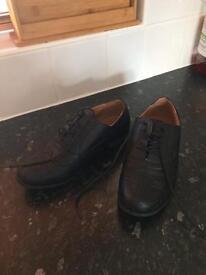 Size 6 black school/work shoes asnew