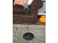 Grey/silver Christmas decoration holder