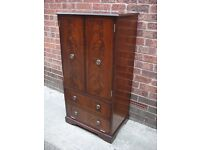 Bridgecraft Mahogany Cabinet, Hi Fi Unit, Display Cabinet, Excellent Condition, Delivery Possible