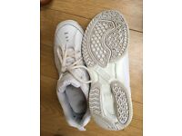 Trainers white size 39