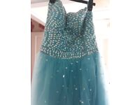 Prom dress size 16 to 18 excellent condtion