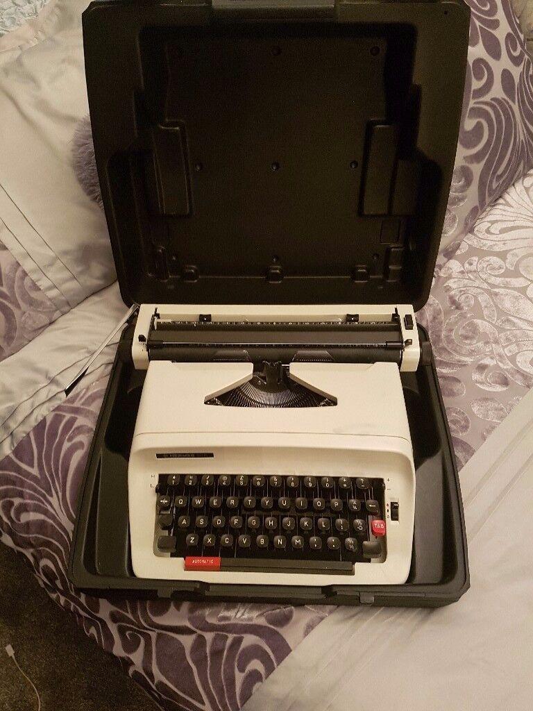 Hermes 305 typewriter