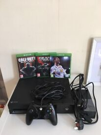 Xbox One for sale good condition.
