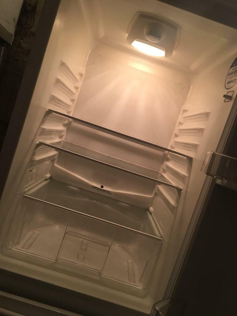 Fridge freezer for sale 60