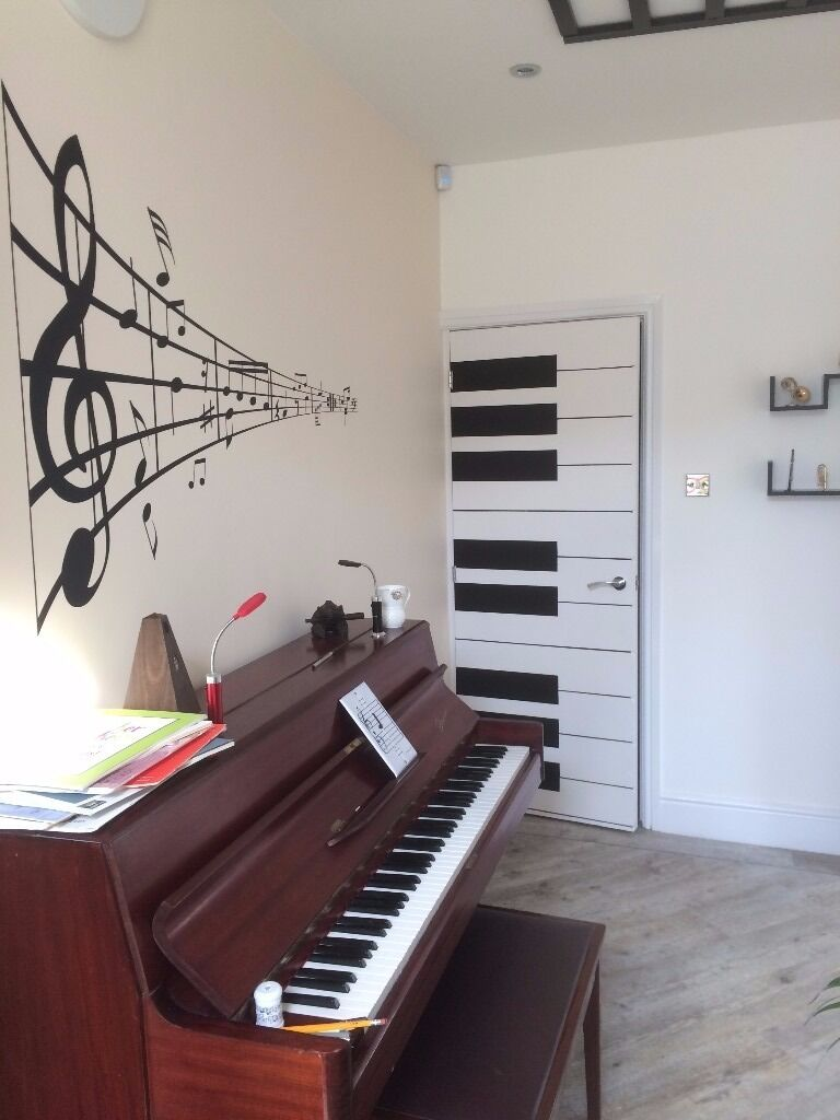 Birmingham Piano and Music Studio. Experienced teacher has places for the Autumn Term
