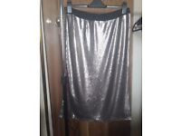 New with tags stretchy gold sequin skirt (size 20)